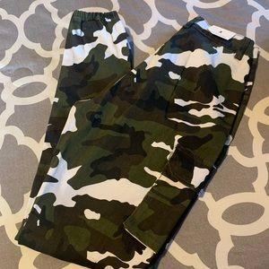 Windsor Pants & Jumpsuits - Camo jogger pants